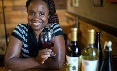 Цветочные вина Алии Нитото из Западного Окленда